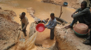 Mining in the DRC. Pic courtesy Responsible Sourcing Network.